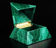 "Gemstone 4.0"" Malachite Crystal Jewelry Pyramid Box, Crystal Healing"