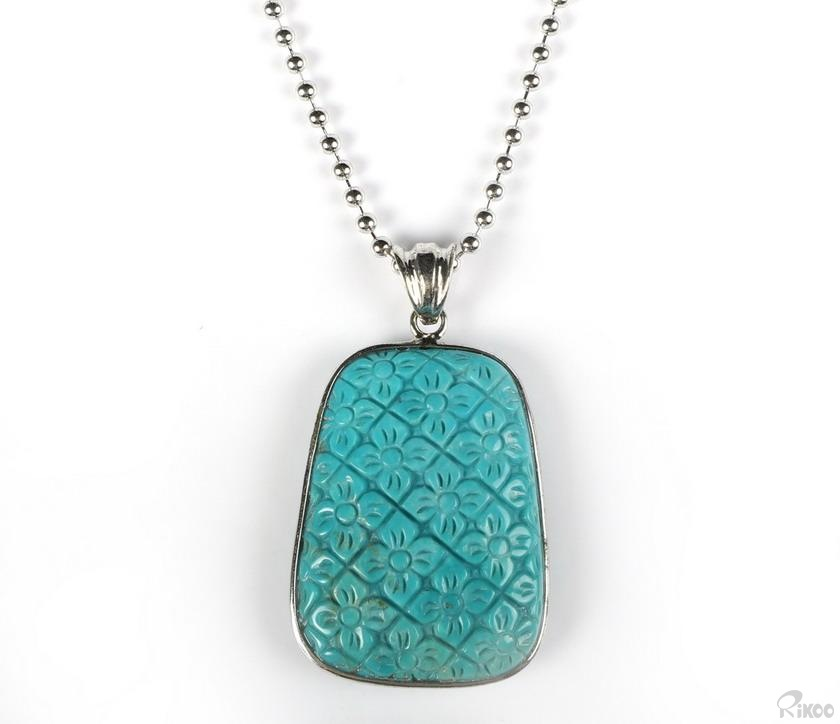 Turquoise Crystal Necklaces & Pendants