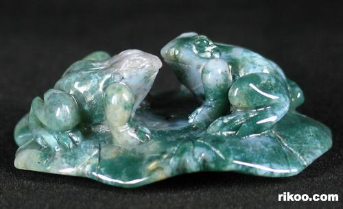 Green Moss Agate Crystal Frogs Pendant