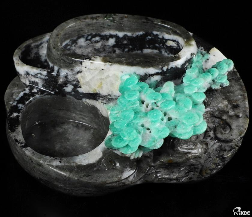 Emerald Crystal Ashtray